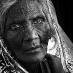 anziana donna indiana