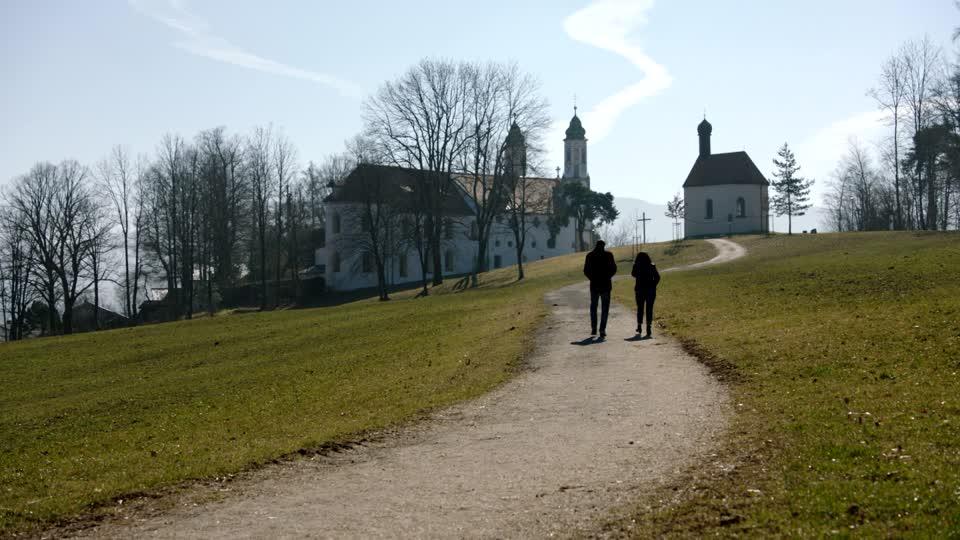 Camminare, viaggiare, pellegrinare