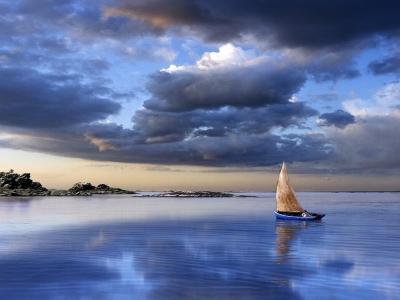 Una barca in tempesta associazione culturale studi sulla for Barche al largo con cabine